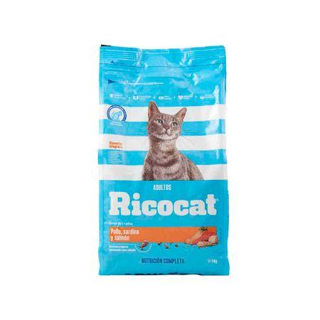 comida-para-gatos-ricocat-adultos-sabor-pollo-sardina-y-salmon-bolsa-1kg