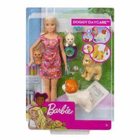 barbie-guarderia-de-perritos